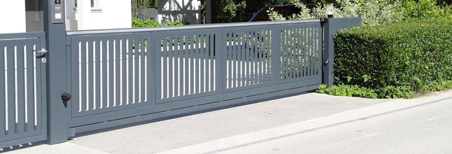Trouver des portails et clôtures adaptés à votre habitat